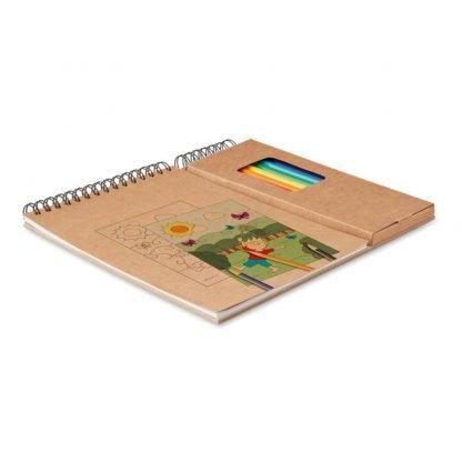 cuaderno colorear lapices