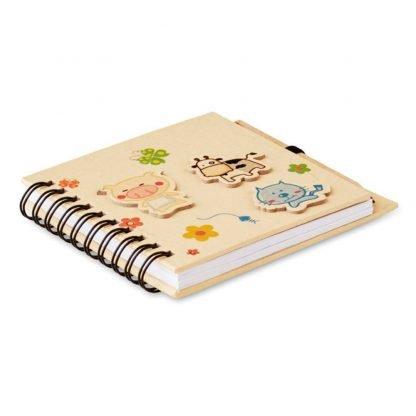 cuaderno infantil boligrafo