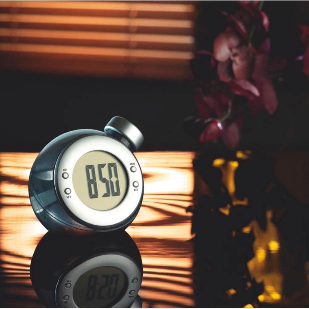 reloj funciona agua pantalla grande